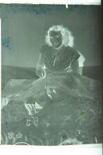 (1) B&W Press Photo Negative Woman Sewing Needlepoint Stiching Large Cloth T637