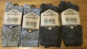 4 Pcs Alaska Knits Womens Outdoor Crew Socks Wool Charcoal & Navy Shoe Size 4-10