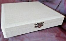 Faux Alligator Jewelry silver Chest white with red felt interior shell latch