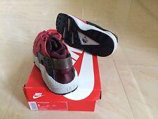 Nike Air Huarache Trainers Sneakers Red Burgundy Maroon UK 7, US 8 NEW