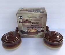 Traditional Style Ceramic 15-Ounce French Onion Soup Crocks With Lids Set of 2