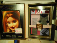 Barbie Collector'S Club Welcome Kit #4 4th 2000 Suits Me Fine Fashion Shipper