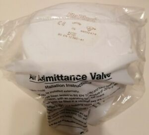 FloPlast AF110 Air Admittance Valve Push Fit For 110mm / 82mm Pipe White