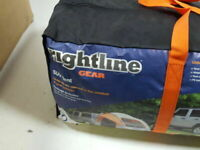 Rightline Gear 4 Person SUV Car Camping Tent New in Bag, Never opened.