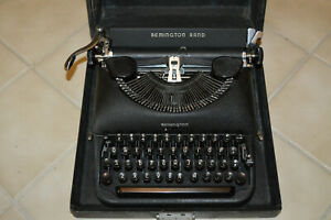 Vintage 1940's Remington Rand Deluxe Model 5 Portable Manual Typewriter Case