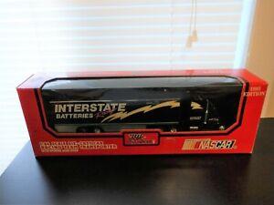 1993 Racing Champions 1:64 Scale Interstate Batteries Dale Jarrett Transporter