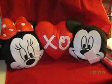 "Disney Minnie & Mickey Mouse ""Xo"" Heart Pillow - Nwt"