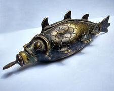 Récipient zoomorphe à khôl en bronze poisson Inde du Nord 19e