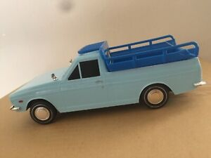 Persian Paykan Vanet Pick up Model toy car Scale 1:24