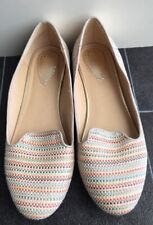 Ladies Oasis Shoes Netural Size 5 <NZ379