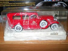 SOLIDO MANHATTAN CADILLAC AMBULANCE FIRE TRUCK IN PLASTIC CASE 1/43 Scale