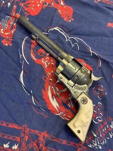 Vintage Hubley Cowboy Colt 45 Revolver Cap Gun Pistol Toy Die Cast