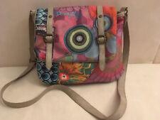 Desigual bolso multicolor, H: 23 CM, B: 25 CM, impecable