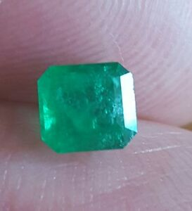 Natural Facet Cut Emerald 0.71 carats 5 mm Attractive Genuine Gemstone