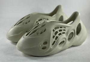 adidas Yeezy Foam Runner RNNR Sand FY4567 Size 8 Free Shipping