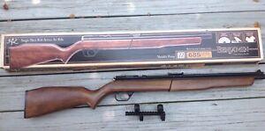 Benjamin 392 air rifle, 22 caliber with wood stock