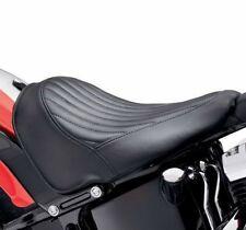 HARLEY DAVIDSON TUCK & ROLL SEAT (NOS) 52000031A