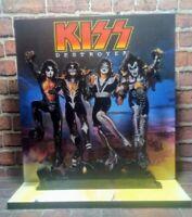 KISS - FIGURE - 28 x 25 cm mdf viniyl/plot - Argentina