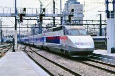 PHOTO  FRENCH RAILWAYS TGV PARIS MONTRAPARNASE  1990