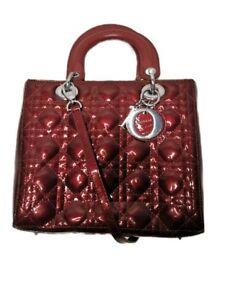 Sac Lady Dior En Cuir Vernis Tres Bon État (OCCASION)