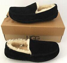 UGG Australia ASCOT Suede/Sheepskin Slippers Men US7 fits Women US8 $110 Black