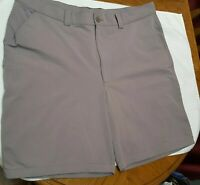 Men's UNDER ARMOUR Loose Fit Golf Shorts Size 40 Gray