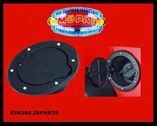 07 - 16  MOPAR JEEP WRANGLER 4 DOOR UNLIMITED BLACK FUEL LID GAS FILLER DOOR OEM
