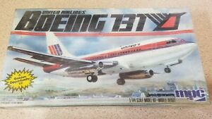 MPC Boeing 737 United Airlines 1982 1/144 1-4701 model kit Factory Sealed