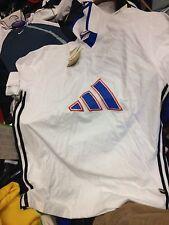 ADIDAS T-shirt con tre righe cotone vintage a £ 10 Nero/Bianco in 38/40 pollici