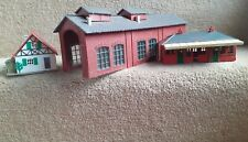 Vintage Hornby Dublo Station Building, Loco Shed and Cottage