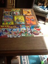 10 OLD COMICS ARCHIE, JETSONS, BARBIE,MICKEY MOUSE, VERONICA, MILLIE