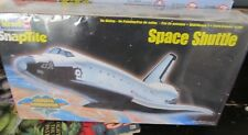 Revell Snaptite Space Shuttle Discovery 1:200 scale New Sealed