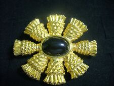 Vintage Textured Goldtone Metal Faux Onyx Thistle Blossom Wreath Brooch Pin
