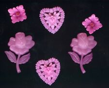 VINTAGE Fuchsia Pink FILIGREE PLASTIC HEARTS CHARMS PENDANTS CABS JAPAN lot