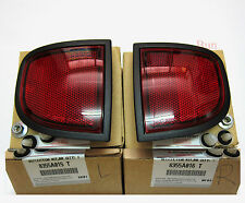 2 x PAIR REAR REFLECTORS MITSUBISHI L200 2006 - 2015 GENUINE RH LH RIGHT LEFT 07
