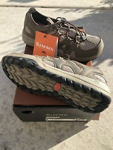 NEW Simms Riprap Wading Shoes Size 8 Men's rubber Soles hickory fishing