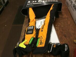 West Marine A33 Offshore Auto/manual Life Jacket