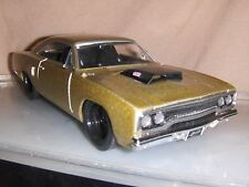 Jouet Jada DUB 1:24 CHAMPAGNE 1970 PLYMOUTH ROAD RUNNER HOT ROD voiture