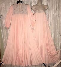 VTG RARE LUCIE ANN PEACH PLEATED Peignoir Robe Nightgown Negligee Gown Lace S T