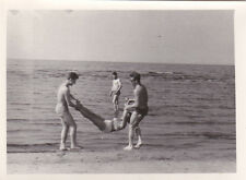 1955 nude muscle men women swimsuits fun beach gay interest Russian Soviet photo