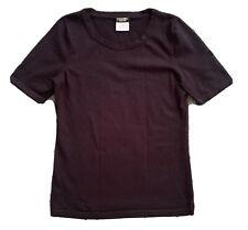 CHANEL Blu Navy Scuro uniforme T-shirt con logo CC Taglie XS manica corta