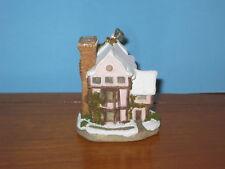 David Winter Cottage 1992 Suffolk House Ornament Mib