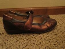 Waldlaufer mary janes metallic shoes flats US 9 comfort shoes