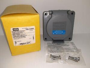 Hubbell HBL2720SW Watertight Twist-Lock Receptacle NEW