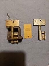 2 Gleissperrenschlüssel, Weichenschlüssel