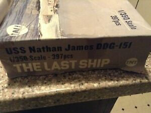 "USS Nathan James DDG-151 ""The Last Ship"" - MODEL KIT - parts sealed 1/350"