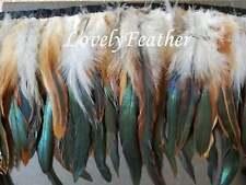 Coque franja de plumas de color natural irridescent 10 yardas Ajuste