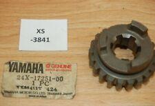 Yamaha yz125k 24x-17251-00 Gear, 5th wheel Genuine neuf nos xs3841