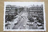 TOURIST PHOTOGRAPH (8.8x6.2 cm)- AVENUE DE I'OPERA, PARIS FRANCE