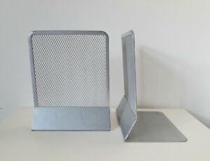 Pair of silvertone metal mesh book ends